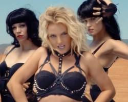 Miley Cyrus y Britney Spears, censuradas en la tele.