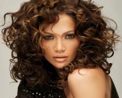 Jennifer Lopez estrena un adelanto de su nuevo vídeo