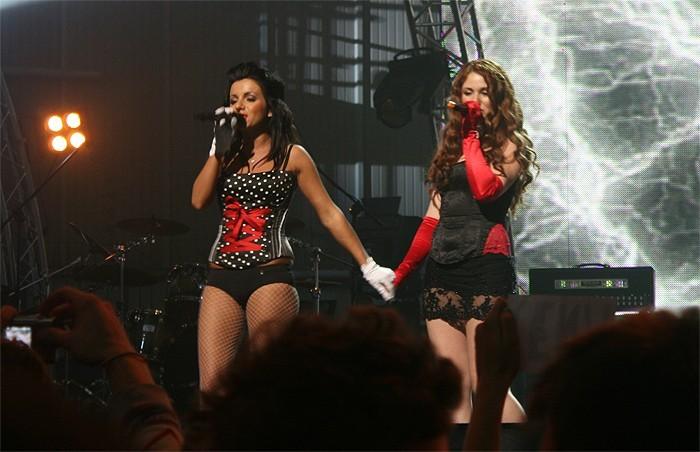 El dúo  t.A.T.u  podría abrir los JJOO de Rusia