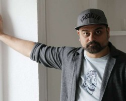 El rapero Nach se atreve con el «slam» en su disco «Los viajes inmóviles»