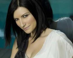 Aleks Syntek cantará con Laura Pausini