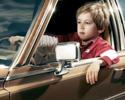 Con diez años accidenta el coche de sus padres y asegura ser un enano que se ha olvidado el carné de conducir