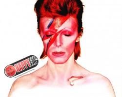 David Bowie publica 'Telling lies' a través de Internet (1996)