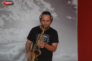 (Video) Saxo en vivo Nelson Sanchez y Joel Vadivia