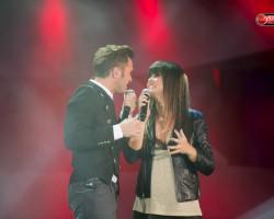 """Axel estrena el videoclip de """"Y Qué"""" feat Vanesa Martín."""