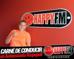 María Rodríguez muy Happy con su carné de conducir