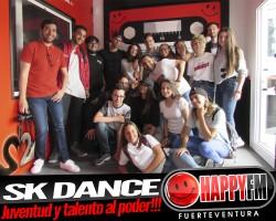 """SK Dance en los estudios de Happy FM presentan: """"Swan, El Amanecer del Cisne"""""""