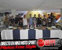 (fotos) Entrevista con los pilotos del Free Style desde Niko Moto Sport