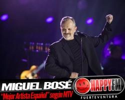 """Miguel Bosé recibe el premio """"Mejor Artista Español"""" en la edición europea de los MTV 2017"""