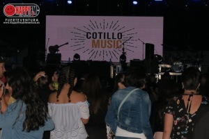 KNARIAS_COTILLOLIVEMUSIC2018_HAPPYFMFUERTEVENTURA0196