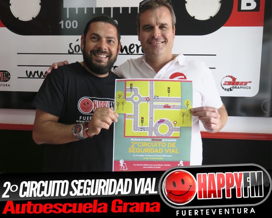 """Autoescuela Grana cumple dos años y lo celebran como les da la """"Grana"""""""