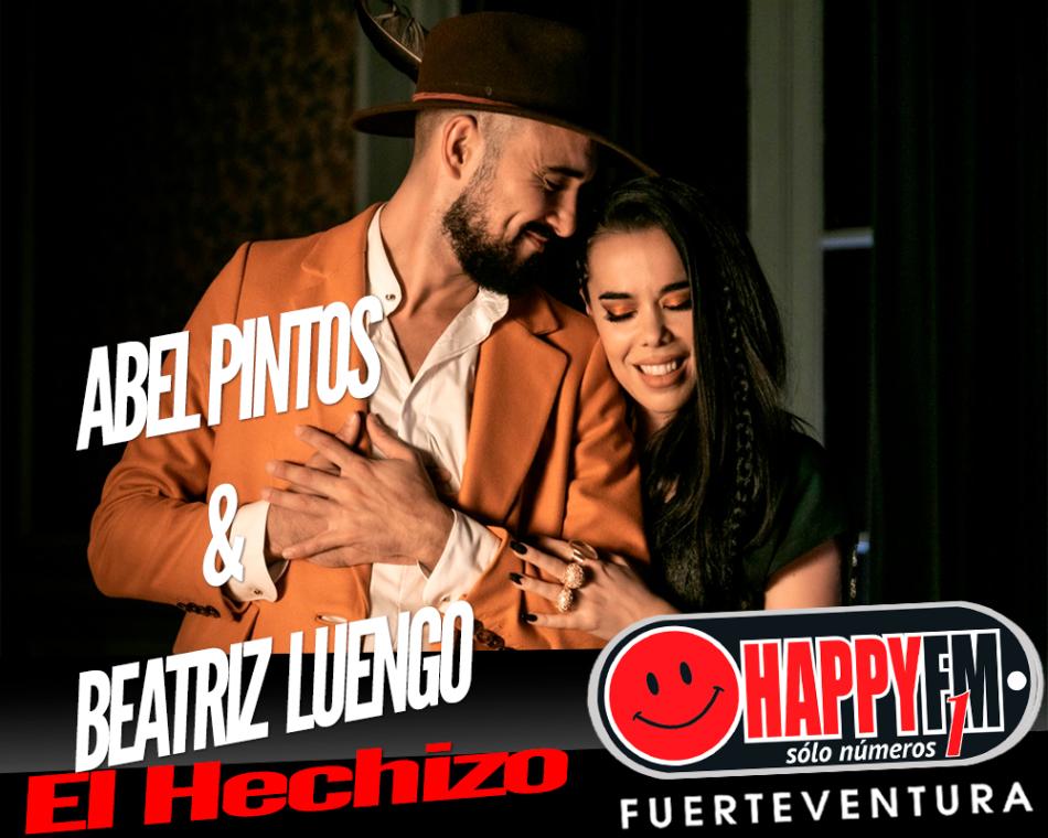 Abel Pintos y Beatriz Luengo, felices con el éxito de su canción 'El Hechizo'