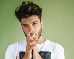 Blas Cantó estrena sus propuestas para Eurovisión 2021 tituladas 'Memoria' y 'Voy a quedarme'