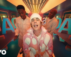 Justin Bieber publica su nuevo álbum «Justice» y presenta el nuevo single oficial «Peaches»