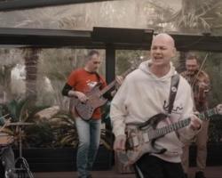 Celtas Cortos lanzan «Mañana sale el sol» coincidiendo con el 20 de abril