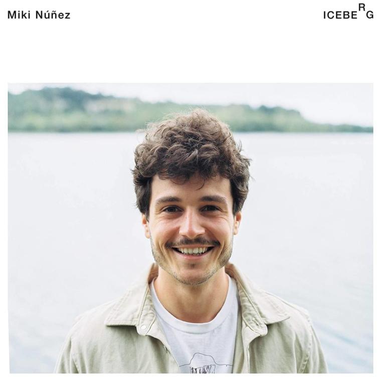 Miki Núñez presenta el videoclip del tema 'Sin noticias de Gurb'
