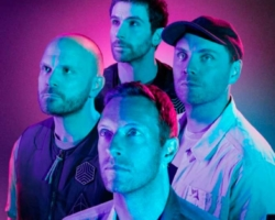 Coldplay estrenan su canción más ochentera, 'Higher Power'