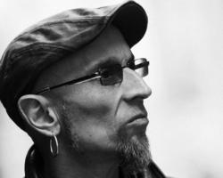 Fito y Fitipaldis regresa con el single 'Cada vez cadáver'