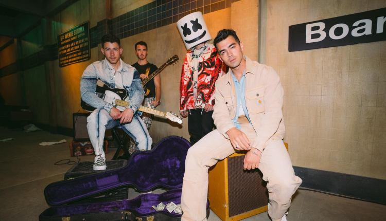 Marshmello y Jonas Brothers estrenan el videoclip del tema «Leave Before You Love Me»