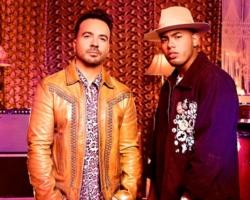 Luis Fonsi y Myke Towers estrenan el single conjunto 'Bésame'.