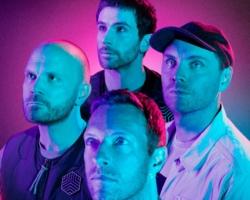 Coldplay salen airosos de los 10 minutos de 'Coloratura', su balada espacial