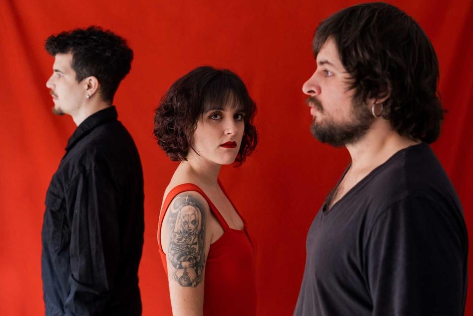 Alison Darwin también postulan para futura banda de (pop) rock de masas