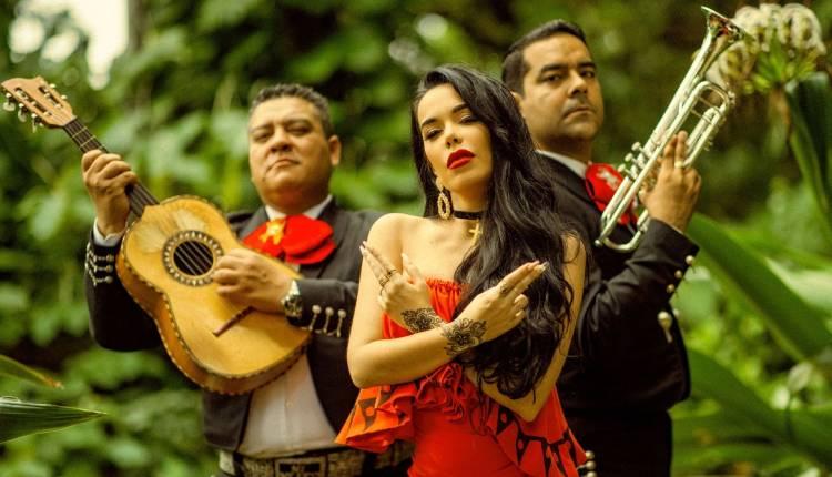 Beatriz Luengo estrena nuevo single junto a Darell, 'Chanteito pa' un ex'