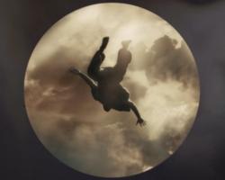 Kanye West estrena el videoclip del tema '24'