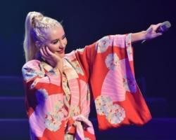 Christina Aguilera confirma el lanzamiento de su segundo disco en español